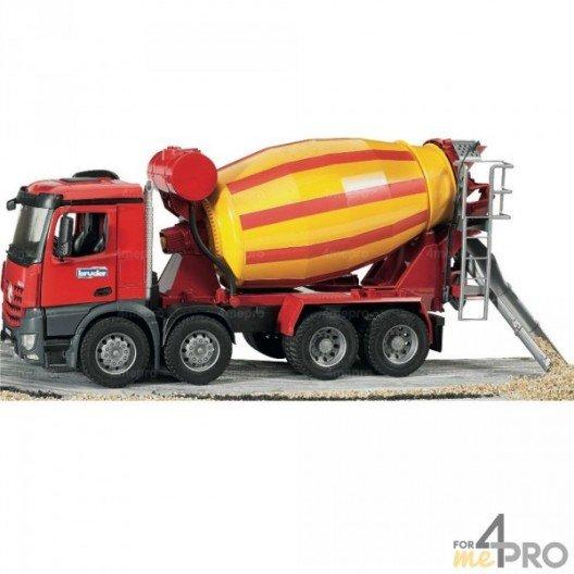 Camion toupie MB arocs 4 essieux