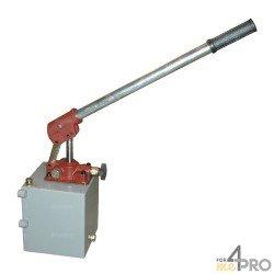 Pompe hydraulique à main double action