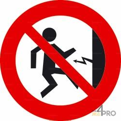 Panneau interdiction Attention courant électrique 1
